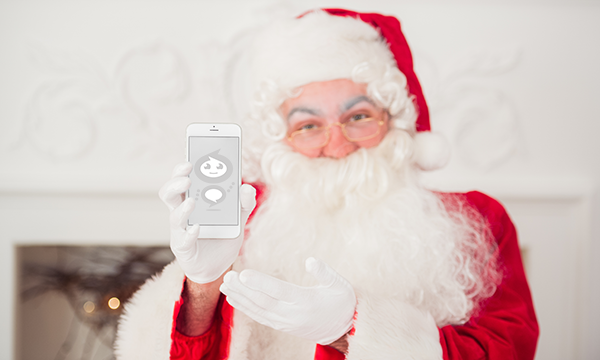 For Better Customer Service, Busy Santa Looks to Live Chat and Chatbots