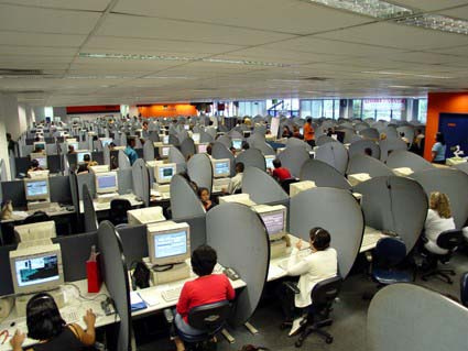 Calling All Call Centres - Optimise With Web Chat Software