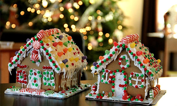 Making a House a Home this Christmas with Live Chat on Your Website