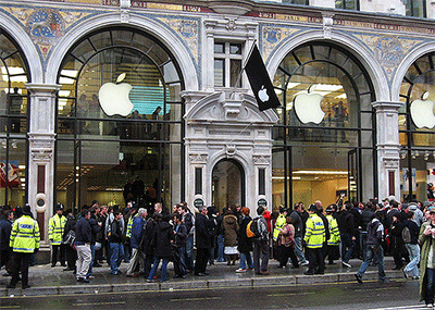 Customers queuing for Apple Store UK